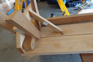 One-Piece Folding Picnic Table out of 2×4 Lumber : step 15