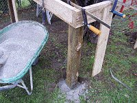 Treehouse Plan : Concrete in Tree House Posts