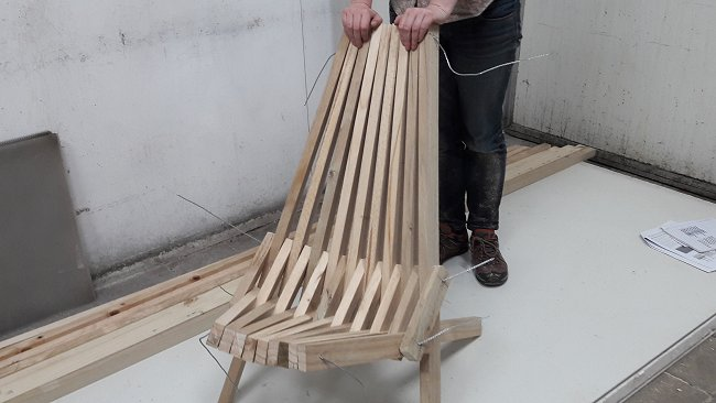 Folding Stick Chair Folding Out