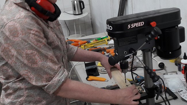 Folding Stick Chair Plan : Drill Press USed to Drill Holes in the Stick Chair Pieces