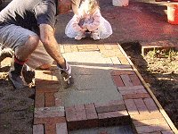 Brick Pathway : Make the Concrete Level