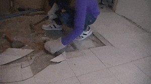 Bathroom Do-Over : Olf Floor Tiles Removal
