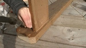 Adirondack Chair : Toe-Nail the Legs to the Arms