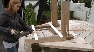 Adirondack Chair : Align the Two Arms with One-Another