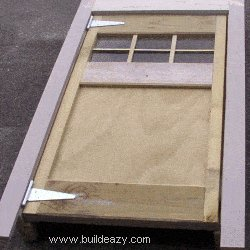 Playhouse Plans : Assemble Door and Frame