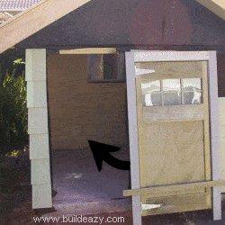 Playhouse Plans : Install Door