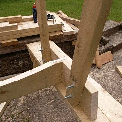 Extendable Picnic Table : Add Some Metal Strap