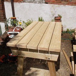 Extendable Picnic Table : Add the Table Top Boards