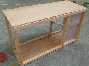 Guinea Pig Hutch Plans : Fix Front and Rear Walls 1
