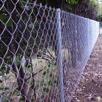 Pipe and Chain-Link Mesh Fence : Mesh Layout