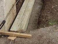 Sliding Gate : Setting a Post Horizontal for the Track Support