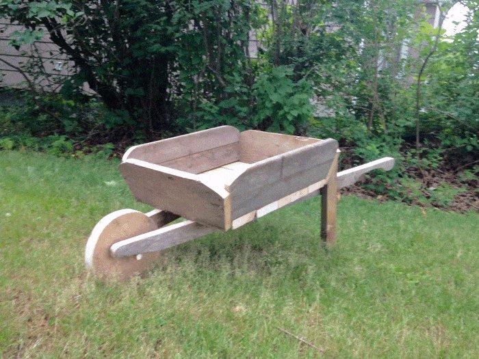 Wheelbarrow finish