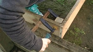Veggie Box : Clamp and Fix Stakes